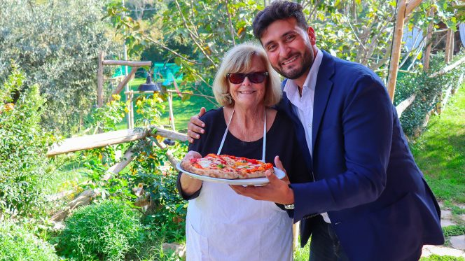Food Tour in Sorrento - Pizza Making