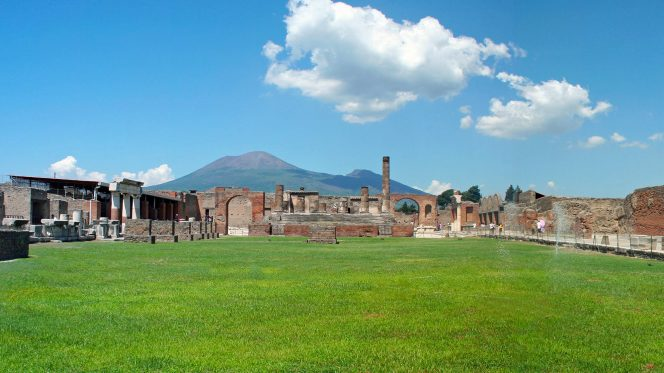 private tour Pompeii from Sorrento