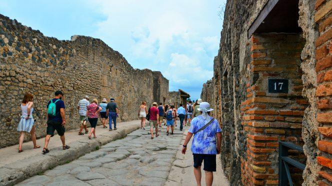 Private Tour Pompeii, Vesuvius and Herculaneum from Amalfi Coast