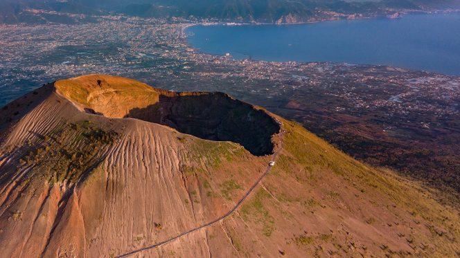 Walking tour Vesuvius from Amalfi Coast