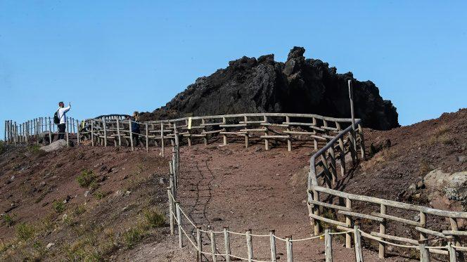 Walking Tour Vesuvius