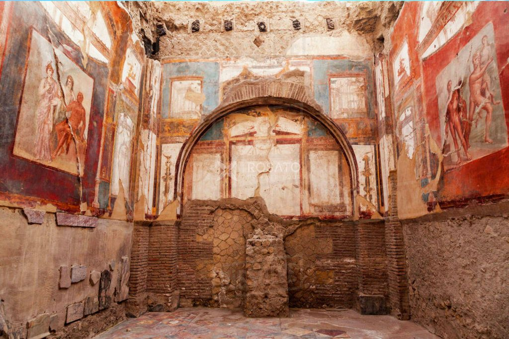 Herculaneum Ruins with expert guide